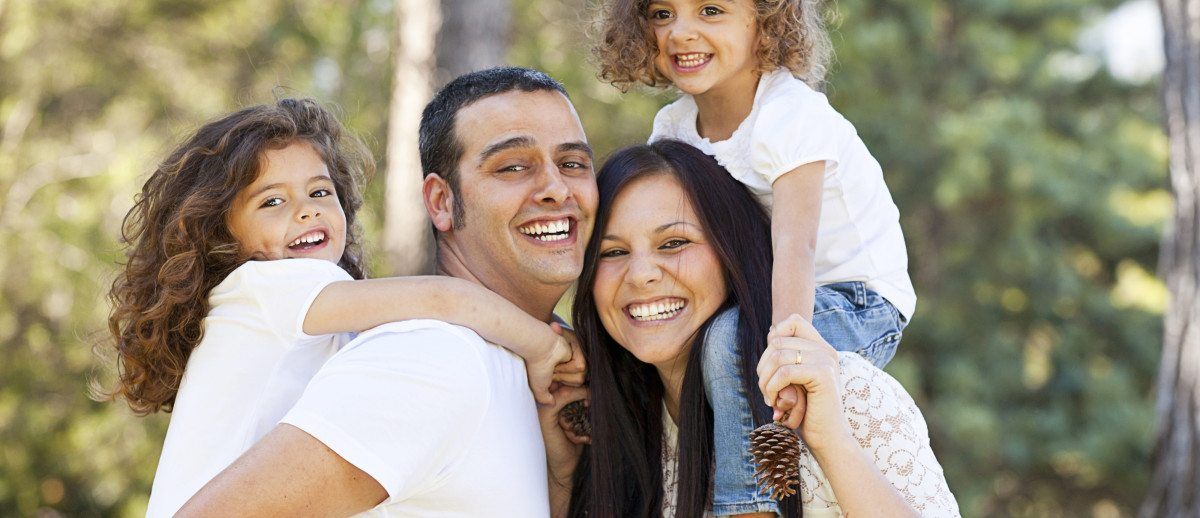 featured image for How To Choose The Best Dentist For You And Your Family